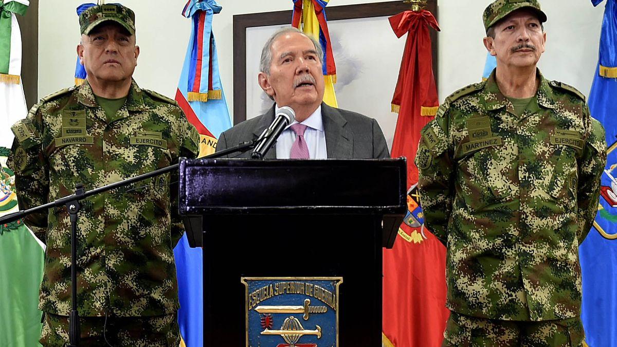 Foto: El ministro de Defensa de Colombia, Guillermo Botero, habla en conferencia de prensa. Efe