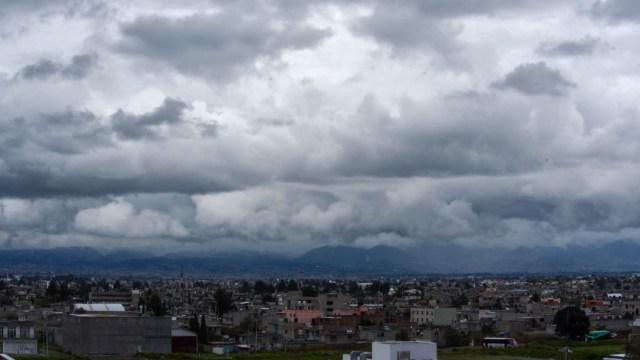 Imagen: De acuerdo con el Servicio Meteorológico Nacional (SMN), el intenso frente frío número 12 y su masa de aire polar ingresarán rápidamente por el norte y el noreste de la República Mexicana