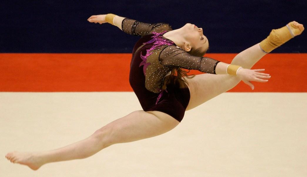 Verona-van-Leur-gimnasta-holandesa-actriz-porno-campeona