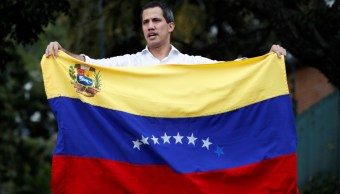 Imagen: Venezuela atraviesa por la mayor crisis política de su historia moderna desde enero pasado, cuando Maduro juró un nuevo mandato de 6 años que no reconocen la oposición, 17 de noviembre de 2019 (Reuters)