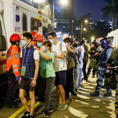 Hong Kong: Prohibición de usar máscaras es inconstitucional
