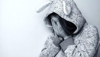 Familiar somete a niña de 10 años para abusar sexualmente de ella