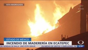 Incendio consume maderería en Ecatepec, Estado de México