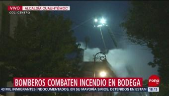 FOTO: Incendio en bodega deja cinco bomberos lesionados, 15 noviembre 2019