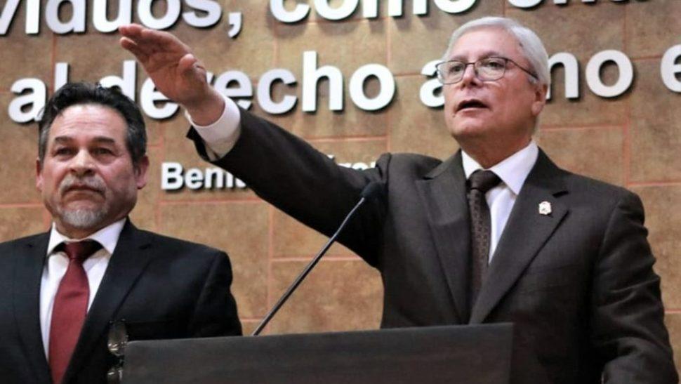 FOTO: Jaime Bonilla Valdeztoma protesta como gobernador Constitucional de Baja California. (Gobierno de Baja California))