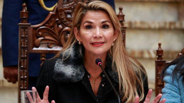 Jeanine Áñez envía proyecto para elecciones.