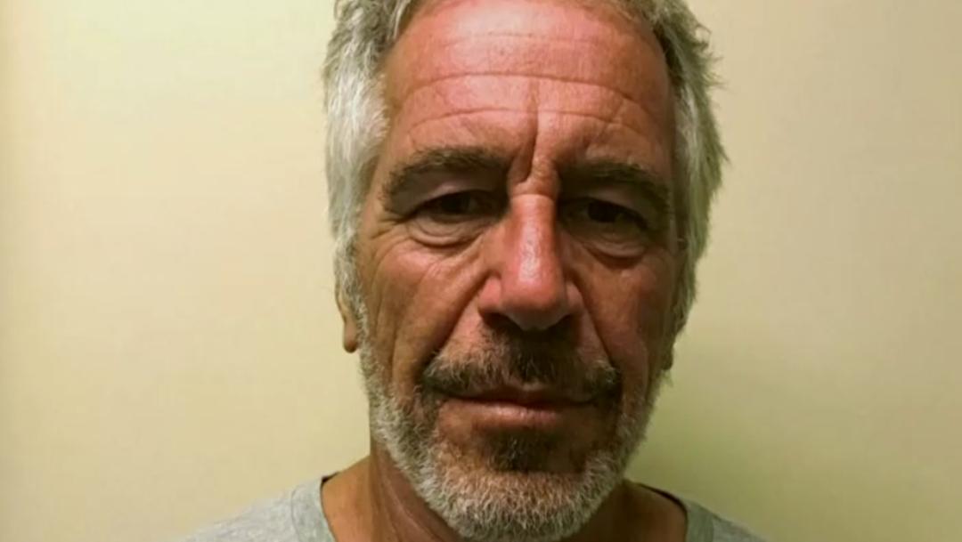 FOTO Caso Jeffrey Epstein: Arrestan a dos guardias que vigilaban celda (Reuters)