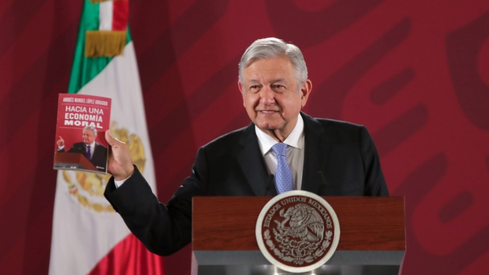 Foto: Andrés Manuel López Obrador presenta libro