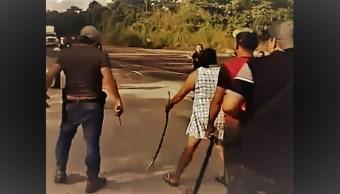 Video: Enfrentamiento entre policías y 'Los Cara de Trapo', en Huimanguillo, Tabasco