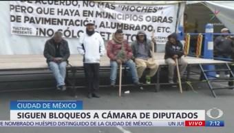 Manifestantes bloquean la Cámara de Diputados