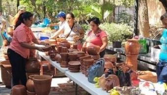 Imagen: El objetivo del Mercadito Tuxtlecas es promover la auto economía para mujeres y erradicar la violencia familiar en Tuxtla Gutiérrez, 16 de noviembre de 2019 (Facebook)