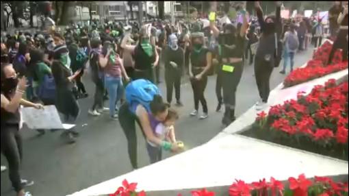 Foto: Mujeres Marchan Manifiestan Vandalizan Cdmx Hoy 25 Noviembre 2019