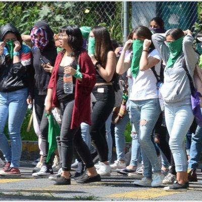 Mujeres policía acompañarán marcha feminista del lunes