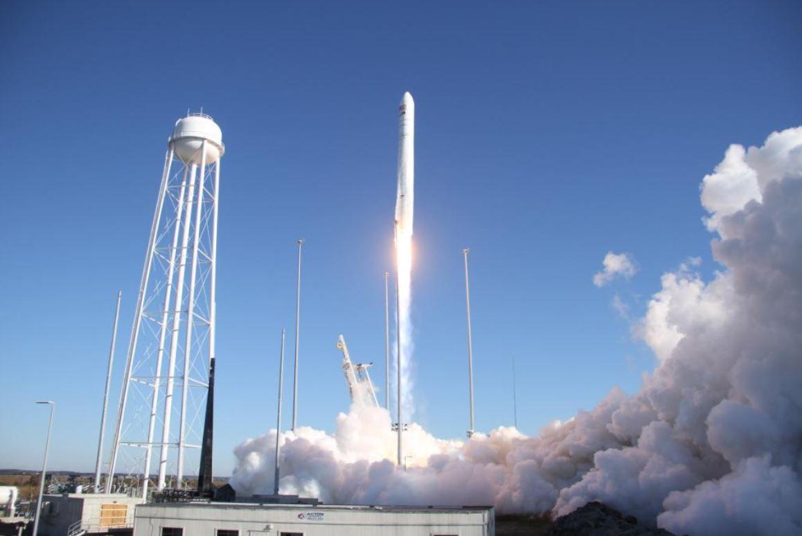 Foto: Estados Unidos lanza cohete que lleva un horno para hacer galletas en el Espacio, 3 noviembre 2019