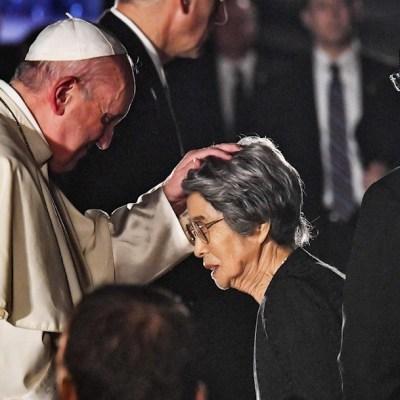 Papa Francisco pide desarme nuclear en visita a Nagasaki
