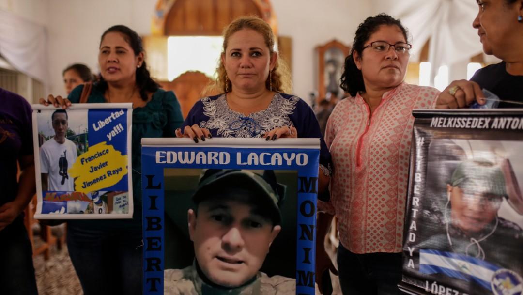 Foto: Por qué un cura y otras personas permanecen sitiados en iglesia de Nicaragua