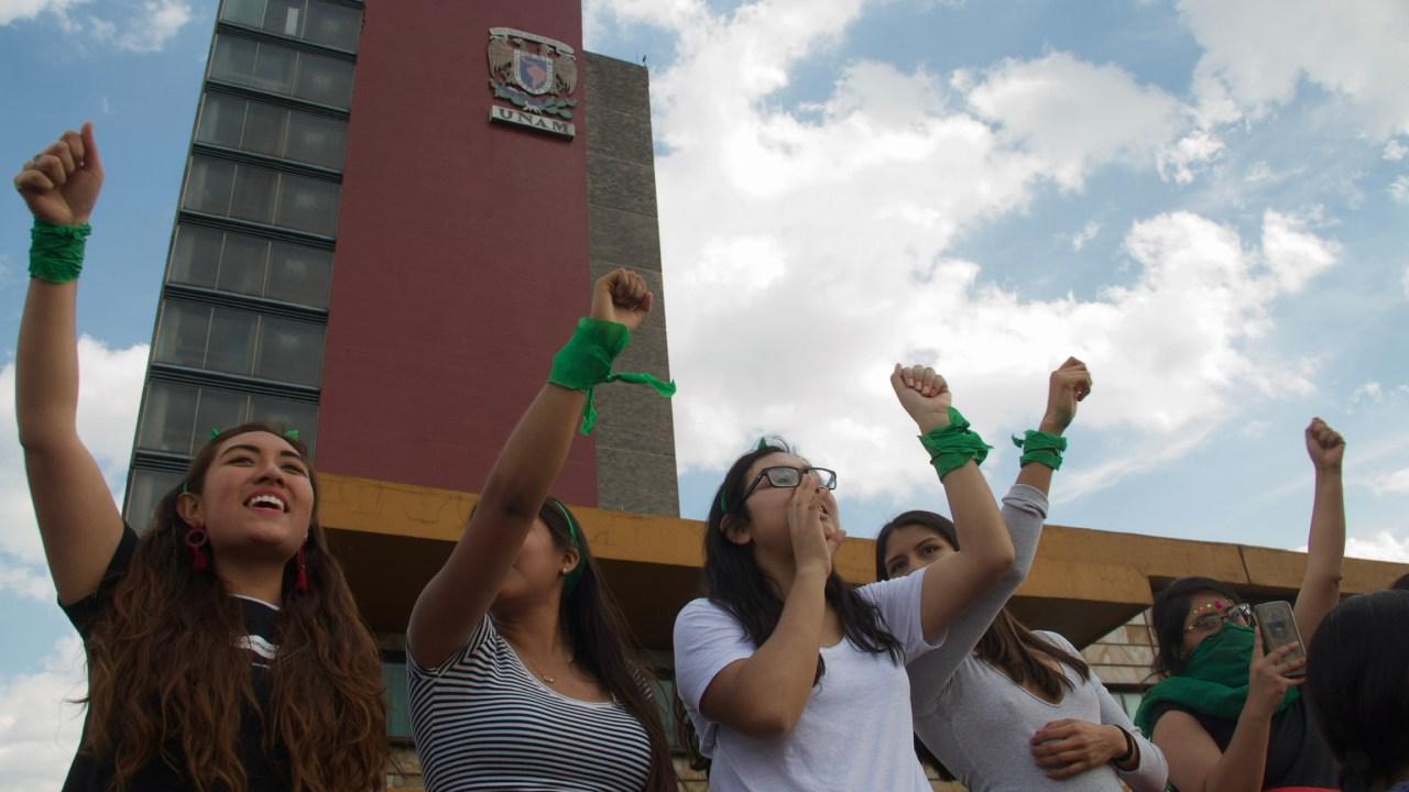 Protesta de mujeres en la UNAM