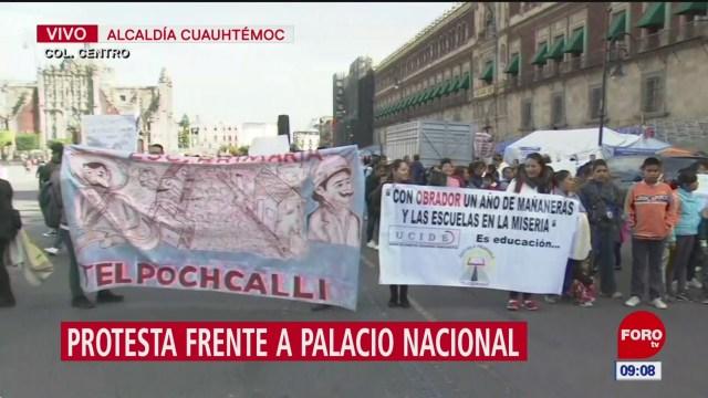 Protestan frente a Palacio Nacional; exigen recursos para escuelas primarias