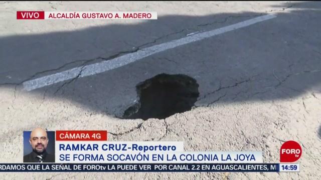 FOTO: Reportan formación socavón colonia La Joya