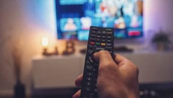 Imagen: Javier Juárez Mojica, comisionado del IFT, informó que la población que ve la televisión abierta subió del 64 al 72 por ciento en 2019, esto, con respecto al 2017