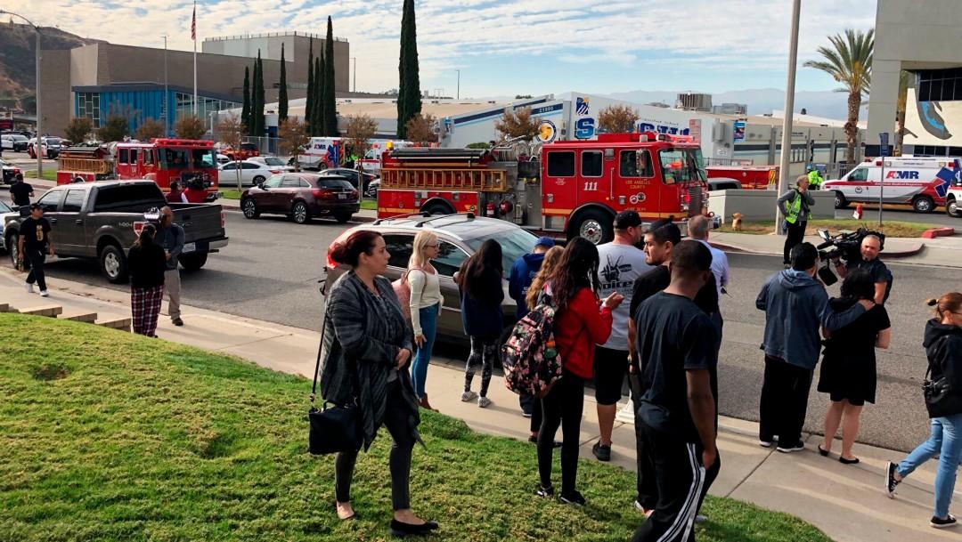 Foto: Arrestan a sospechoso de tiroteo en escuela de Santa Clarita, California