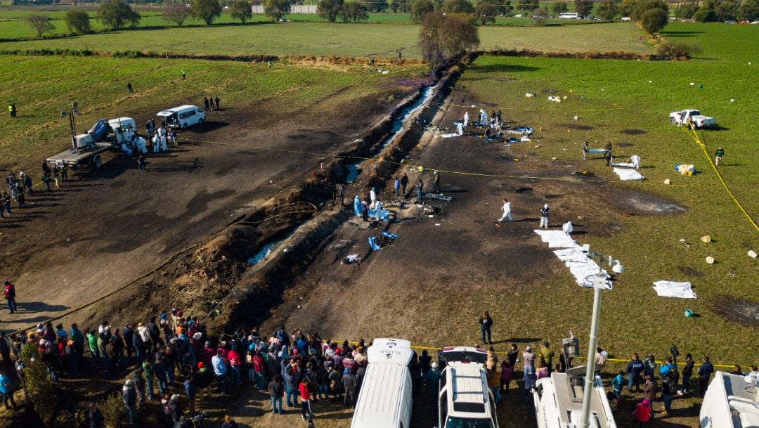 Foto: Vista aérea del sitio de la explosión de un ducto de Pemex, 27 noviembre 2019