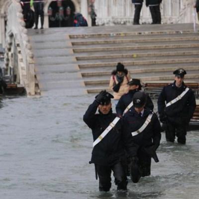 Venecia en alerta, marea podría subir hasta 1.60 metros