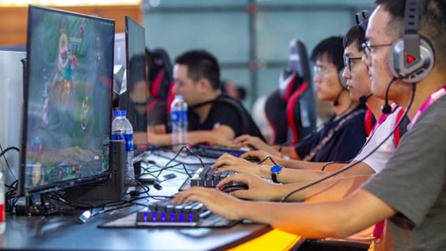 Imagen: La agencia trabajará junto al Ministerio de Seguridad para desarrollar el sistema de identificación para supervisar la presencia de los menores en Internet y los videojuegos, 6 de noviembre de 2019 (Getty Images, archivo)