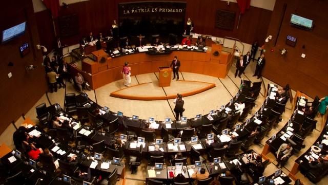 Sesión en el Senado.