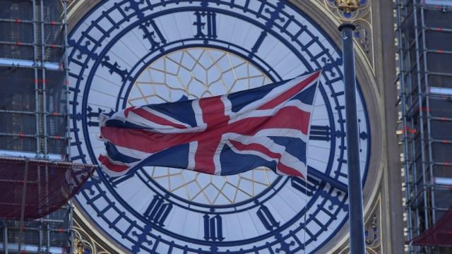 FOTO Big Ben renovado repicará campana en Londres para Año Nuevo (Reuters)
