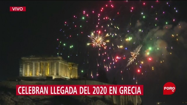FOTO: 31 diciembre 2019, celebran llegada del 2020 en grecia