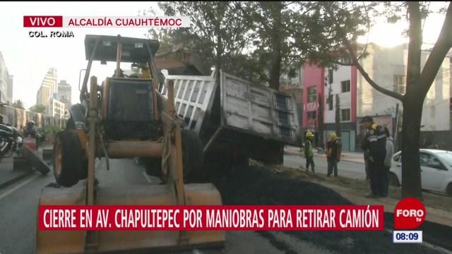 cierre en avenida chapultepec por maniobras para retirar camion