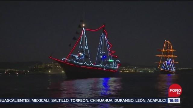 desfile nautico navideno en los cabos