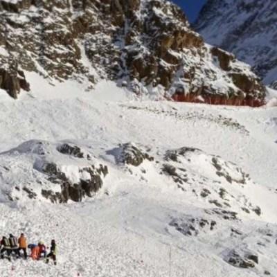 Mujer y dos niños mueren por avalancha en glaciar