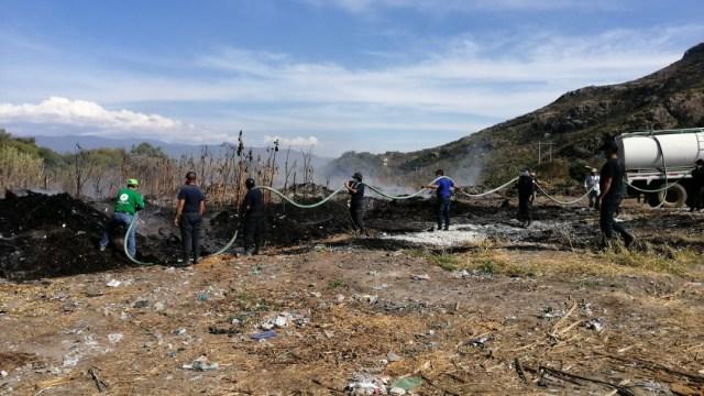 Foto: Sofocan incendio en colector de composta en Oaxaca , 28 de diciembre de 2019 (Twitter @CEPCO_GobOax)