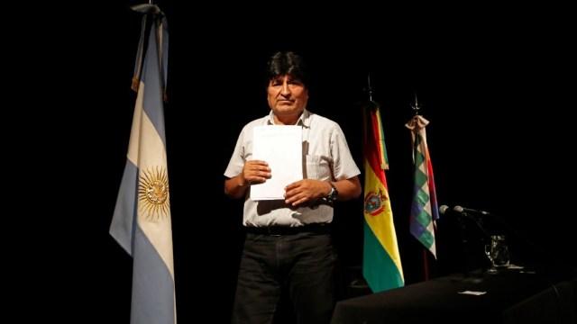 fOTO: Evo Morales dice que arresto 'no procede' porque sigue siendo presidente