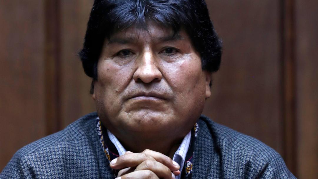 """FOTO Evo Morales llega a Argentina en """"operativo secreto"""" y como refugiado (AP, archivo)"""