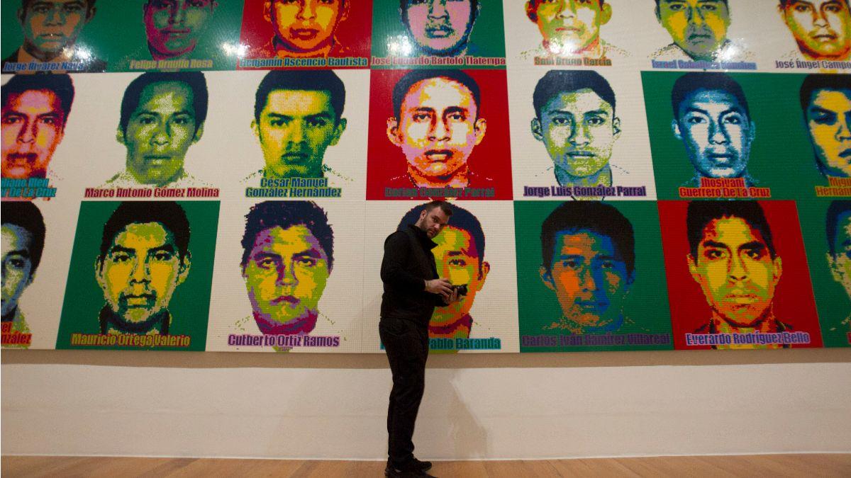 """Foto: En la exposición """"Ai Weiwei"""" muestran los rostros de los 43 normalistas de Ayotzinapa desaparecidos. Cuartoscuro"""