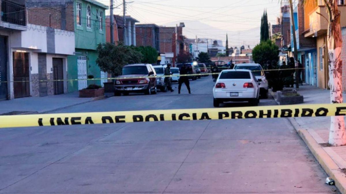 Foto: Policías acordonaron la zona del ataque. Sergio Ortiz