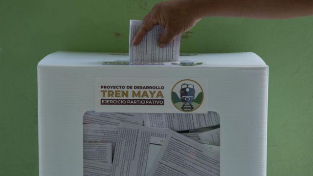 Foto: Una urna de la consulta del Tren Maya. Cuartoscuro