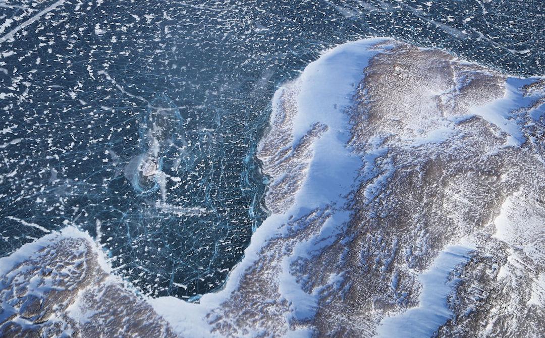 Alerta 'mancha de agua caliente' que recorre el Pacífico