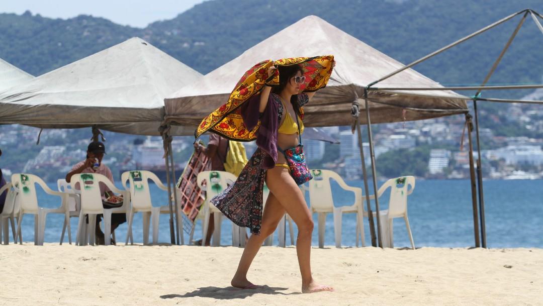 Turismo extranjero dejará al país 23 mil millones de dólares: Sectur