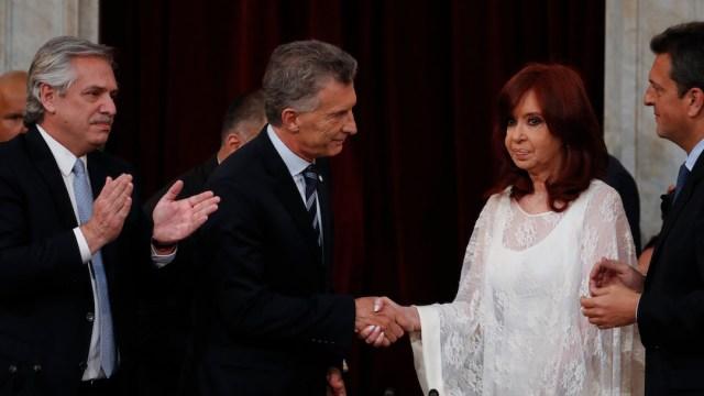 Mauricio-Macri-Cristina-Kirchner-frio-saludo-momento-incomodo