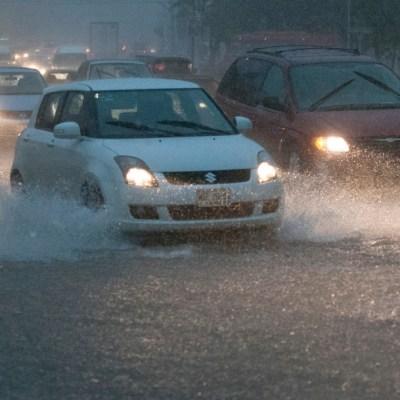 FOTO Frente frío 22 y 'Norte' provocarán lluvias; en la imagen, lluvia en Villahermosa (Cuartoscuro archivo/Marco Polo Guzmán 10 agosto 2014)