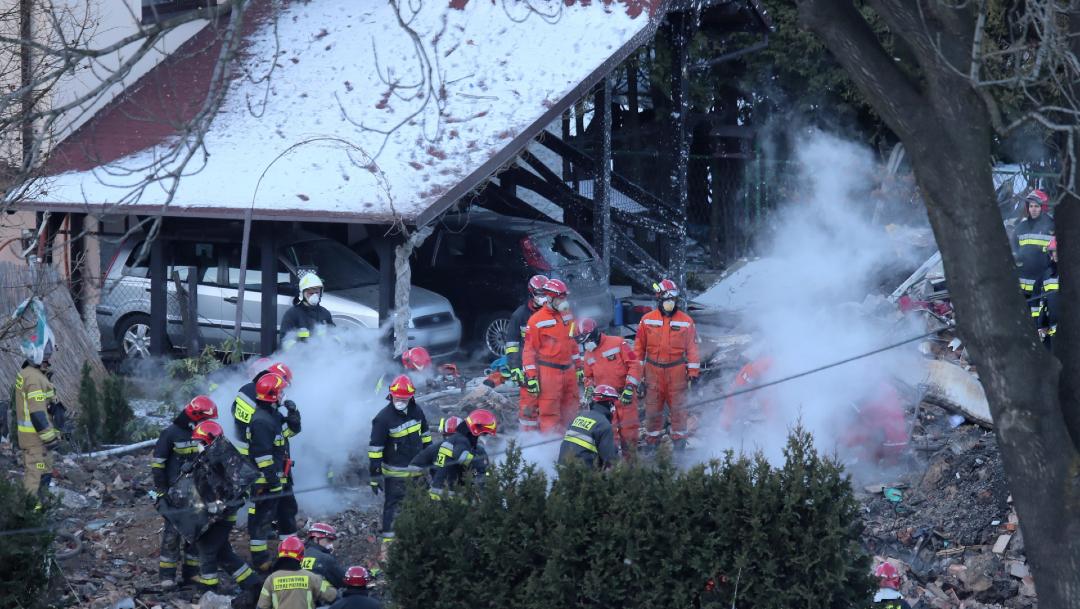 FOTO Explosión de gas mata a 8 integrantes de dos familias, 4 son niños (EFE)