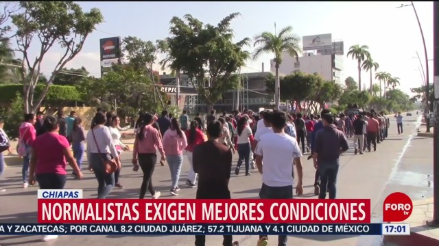FOTO: Normalistas de Mactumactzá marchan para exigir mejoras en el plantel, 8 diciembre 2019