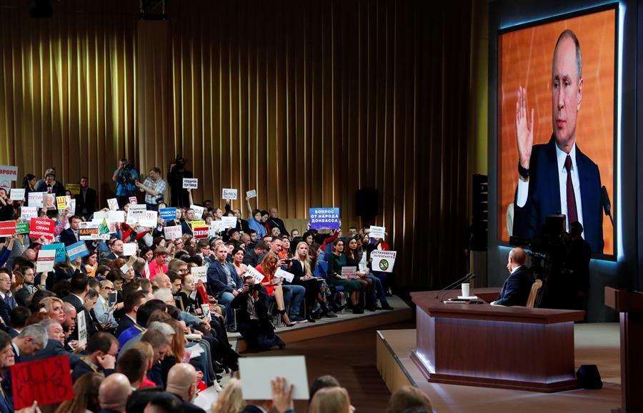 Putin duda de que prospere el juicio político contra Trump