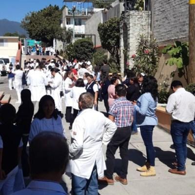 Desalojo de personas por sismo en Oaxaca el 05 de diciembre de 2019