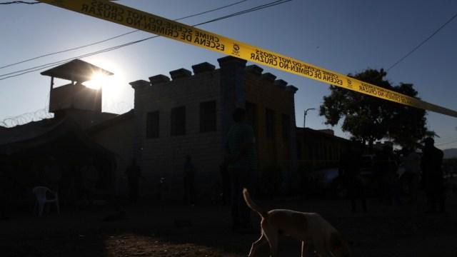 Sube a 18 los muertos en tiroteo en cárcel de Tela, Honduras