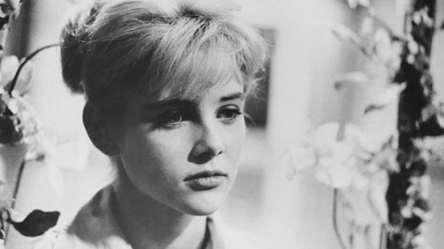 Muere la actriz Sue Lyon.